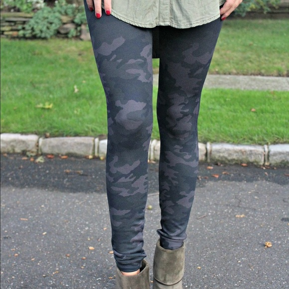 6e0a15308debf SPANX Look at me Now Tummy Control Camo Legging. M_5ae4b4cb9a94557e7d7a29eb